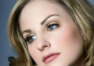 Подготовка кожи лица к дневному макияжу, фото