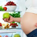 Как питаться беременным