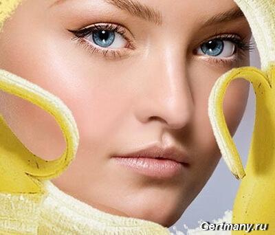 Приготовить маску из банана для кожи лица она помогает, питает