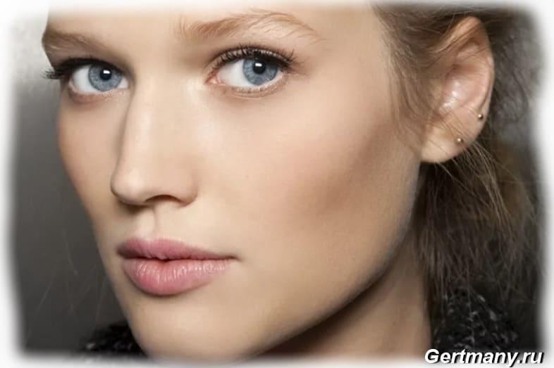 Естественный нюдовый макияж