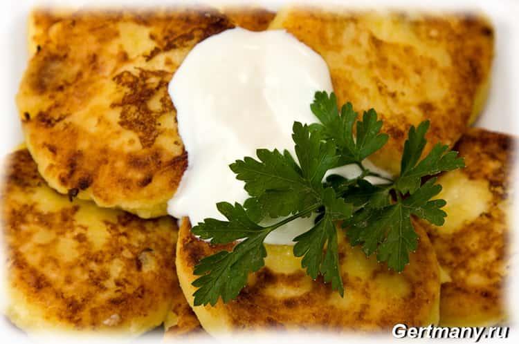 Рецепты приготовление сырников с картофелем, с изюмом, с морковью